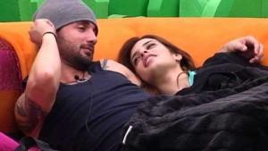 danny-y-susana-juntos-en-el-sofa